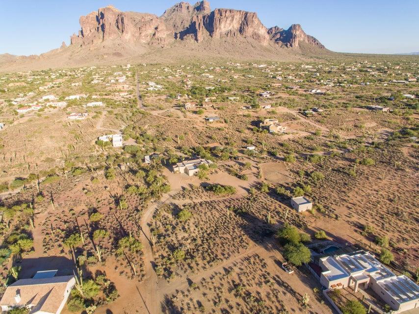 MLS 5674789 4965 E REAVIS Street, Apache Junction, AZ 85119 Apache Junction AZ Eco-Friendly
