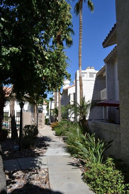 MLS 5675228 930 N MESA Drive Unit 2012, Mesa, AZ Mesa AZ Private Pool
