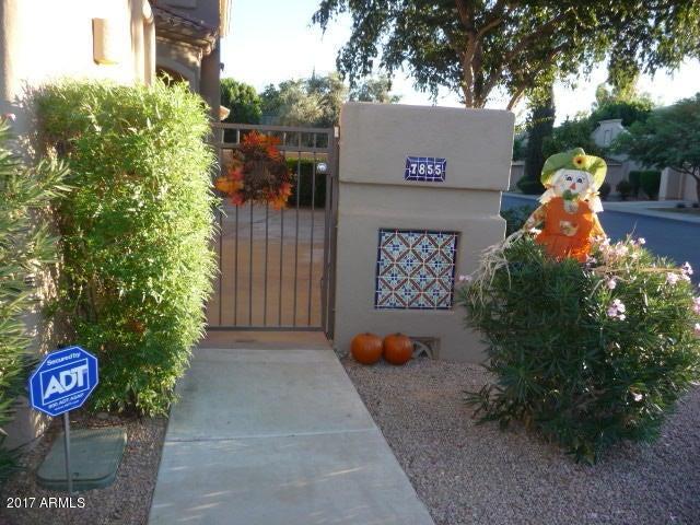7855 E Desert Cove Avenue Photo 2
