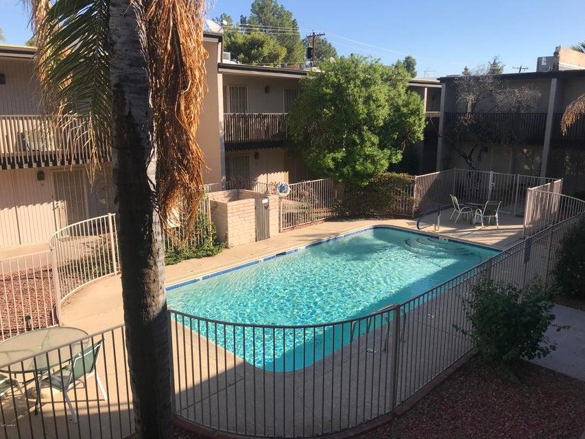 Photo of 1828 W TUCKEY Lane #15, Phoenix, AZ 85015