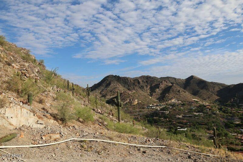 4301 E UPPER RIDGE Road Paradise Valley, AZ 85253 - MLS #: 5675099