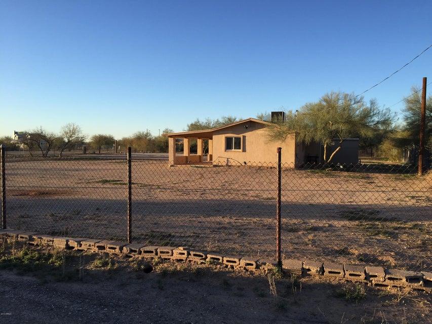 MLS 5675427 24209 N BEACON FIELD Road, Surprise, AZ Surprise AZ Equestrian