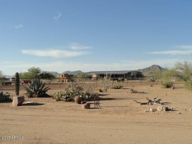 MLS 5678084 51420 N 459th Avenue, Wickenburg, AZ 85390 Wickenburg AZ Three Bedroom