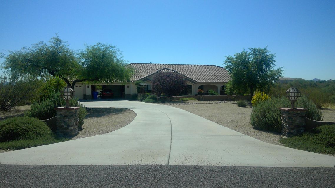 MLS 5675563 21635 W EL GRANDE Trail, Wickenburg, AZ Wickenburg AZ Private Pool