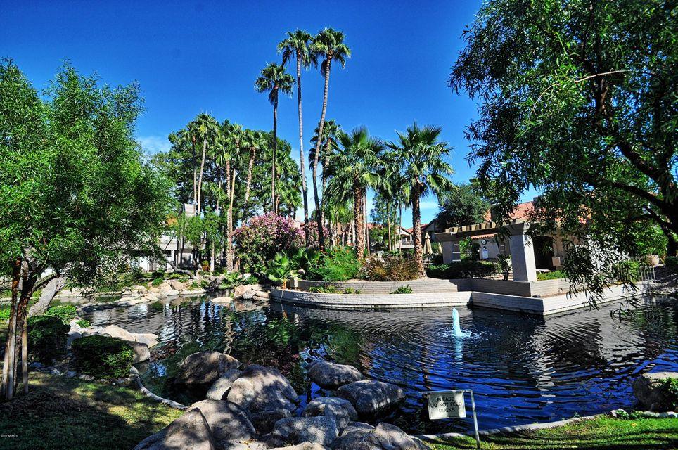 Photo of 10015 E MOUNTAIN VIEW Road #1037, Scottsdale, AZ 85258