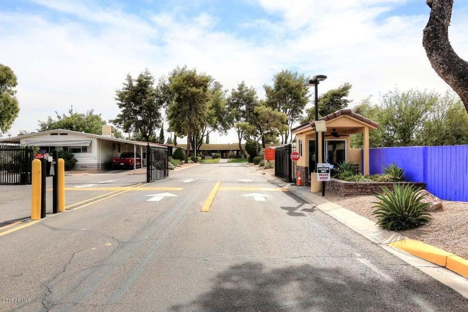 MLS 5676497 2609 W SOUTHERN Avenue Unit 322, Tempe, AZ Tempe AZ Gated
