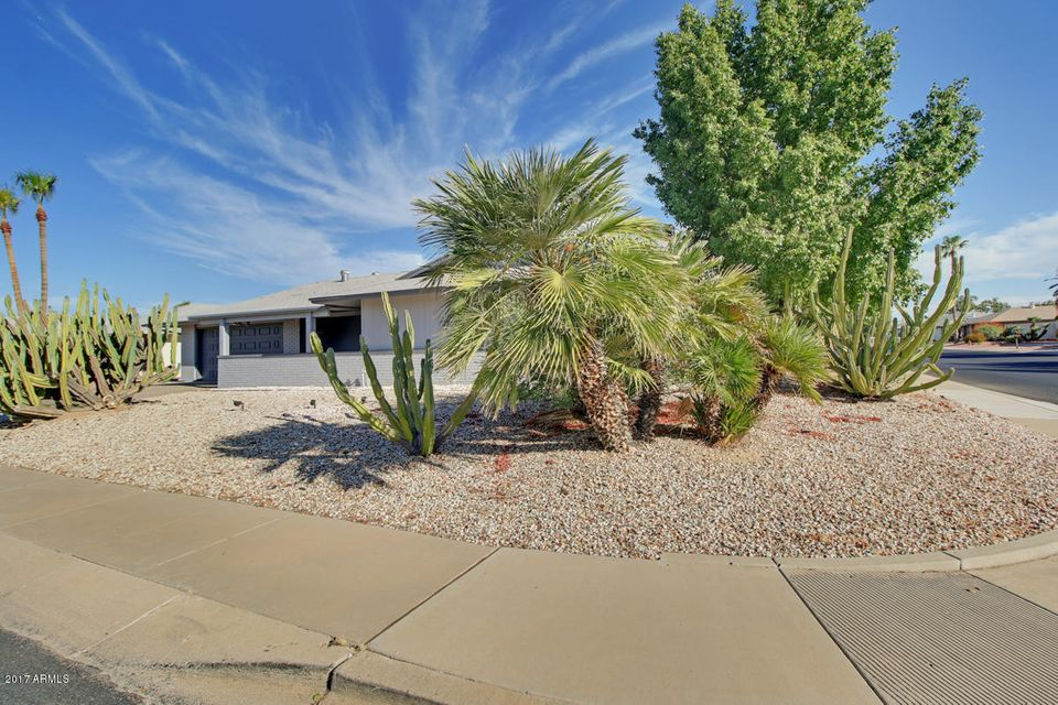 MLS 5676644 13202 W MARBLE Drive, Sun City West, AZ Sun City West AZ Private Pool