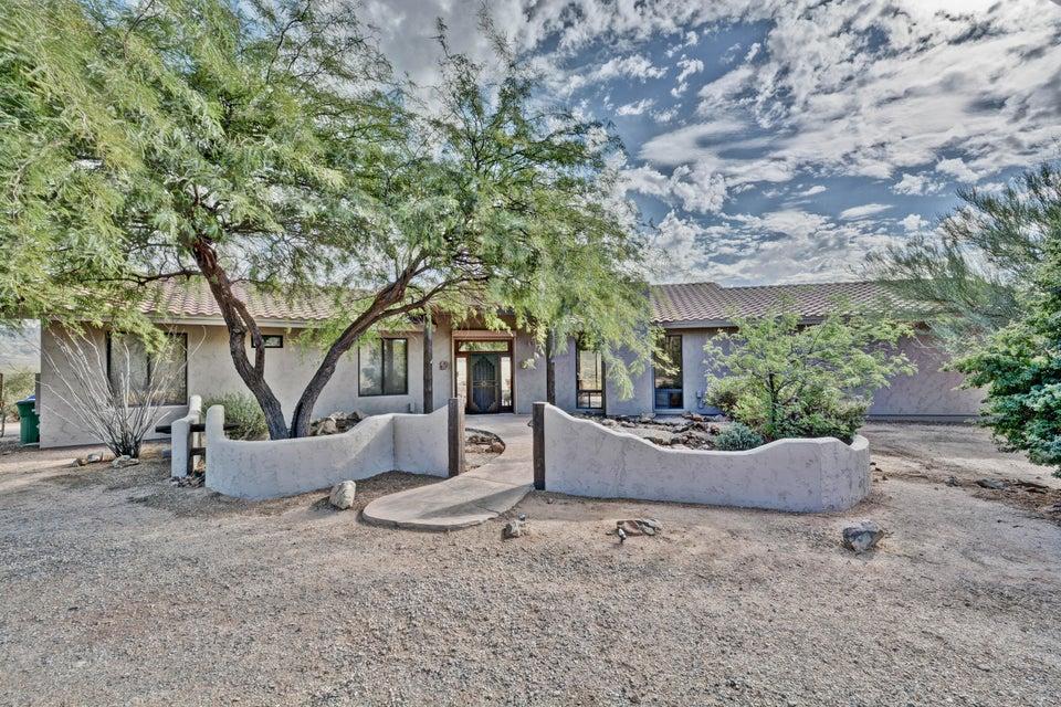 43717 N 11th Ave, New River, AZ 85087