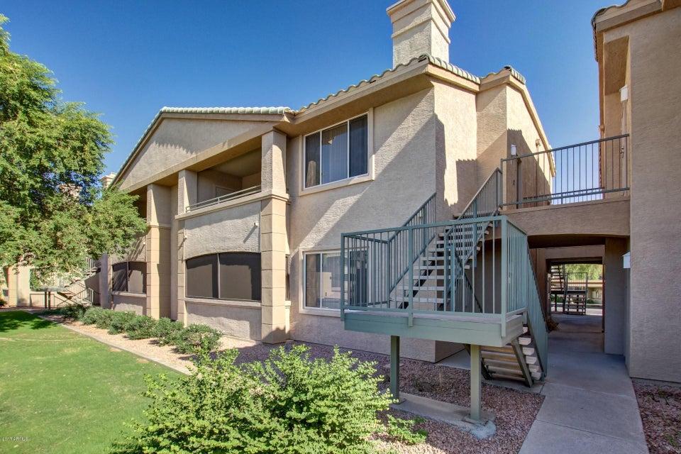Photo of 16013 S DESERT FOOTHILLS Parkway #2163, Phoenix, AZ 85048