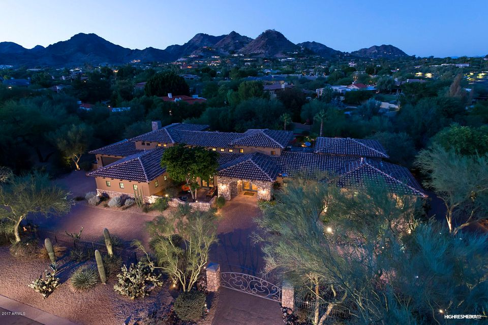 Photo of 4320 E ROSE Lane, Paradise Valley, AZ 85253