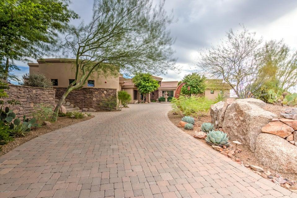 Photo of 9829 N CANYON VIEW Lane, Fountain Hills, AZ 85268