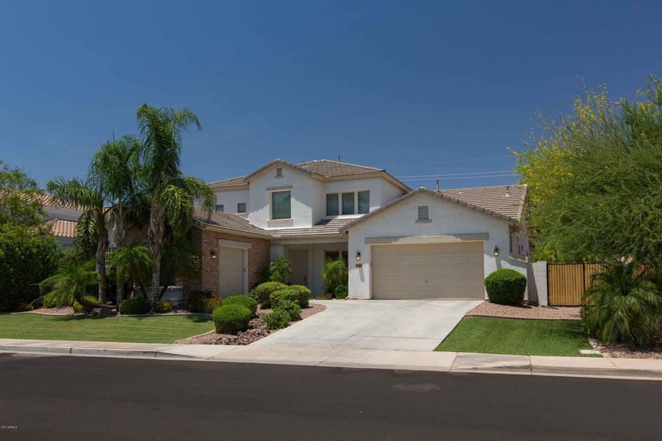 Photo of 480 E ALAMOSA Drive, Chandler, AZ 85249