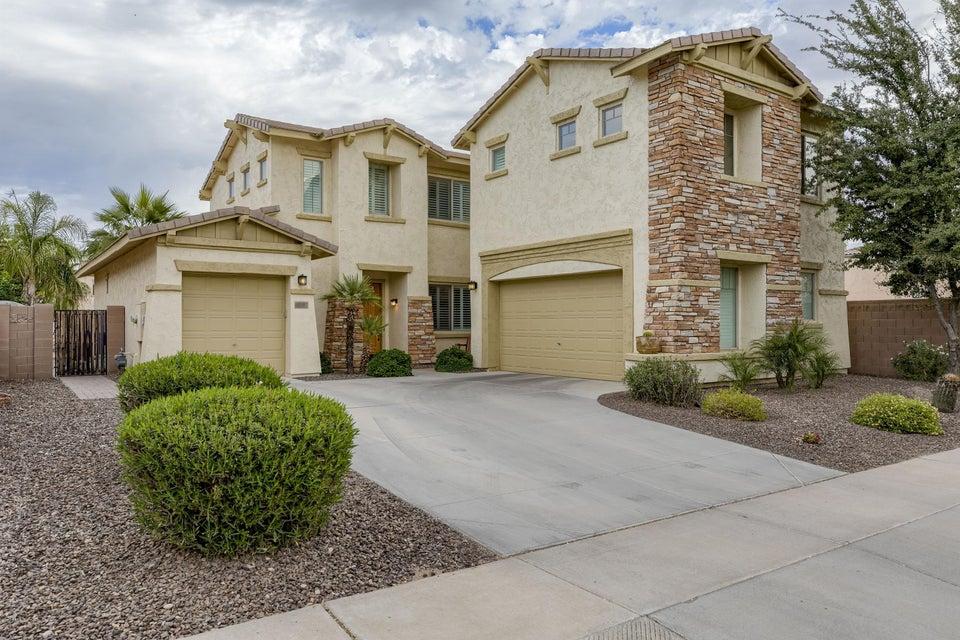 Photo of 660 E RIVIERA Drive, Chandler, AZ 85249