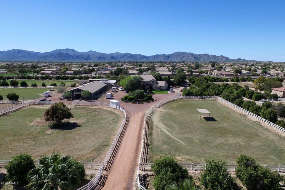 MLS 5679103 14014 N 172ND Avenue, Surprise, AZ 85388 Surprise AZ Equestrian