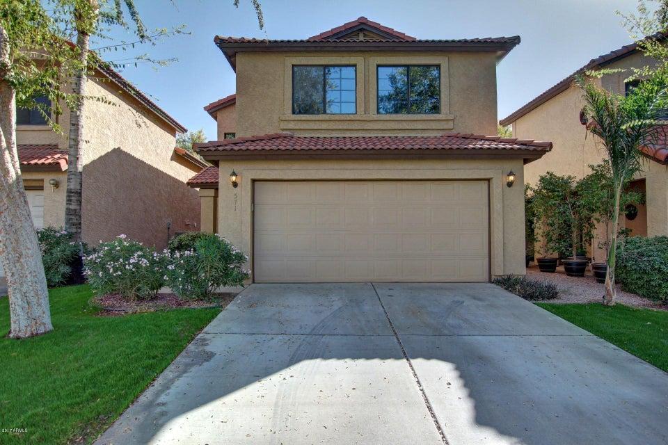 Photo of 571 N MAPLE Street, Chandler, AZ 85226