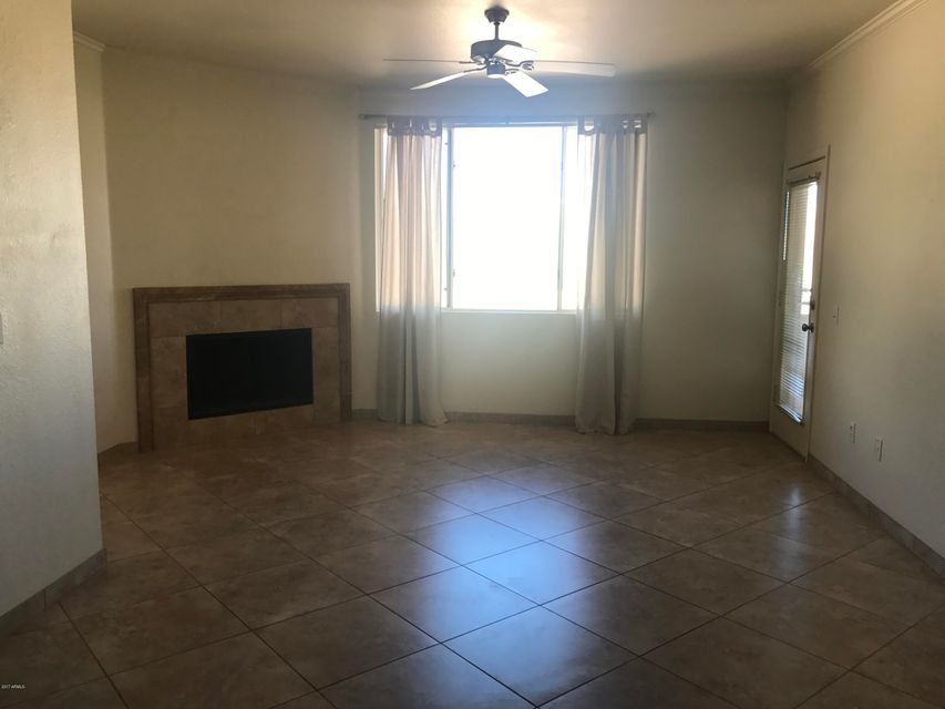 MLS 5679452 16013 S DESERT FOOTHILLS Parkway Unit 2089, Phoenix, AZ 85048 Waterfront Homes in Phoenix