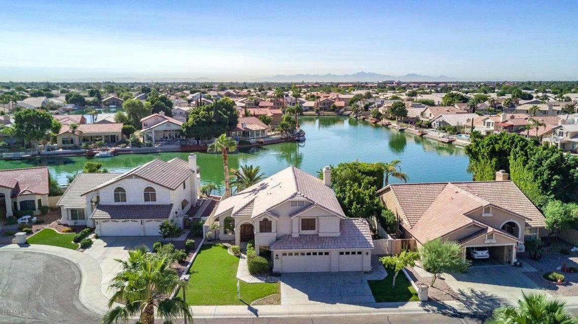 Photo of 5567 W ROSE GARDEN Lane, Glendale, AZ 85308
