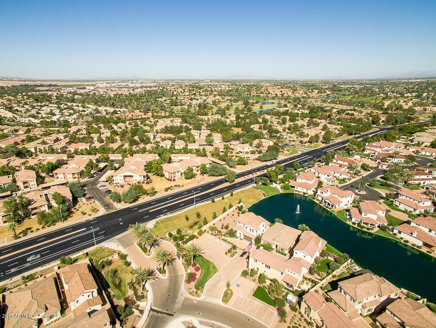 MLS 5680204 1911 W YELLOWSTONE Way, Chandler, AZ Community Pool