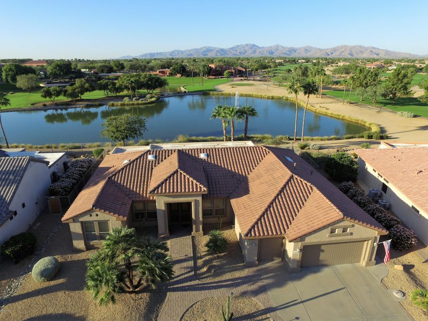 Photo of 15893 W CLEAR CANYON Drive, Surprise, AZ 85374