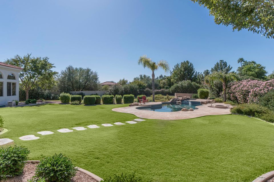 Additional photo for property listing at 7135 E Berneil Drive 7135 E Berneil Drive Paradise Valley, Arizona,85253 United States