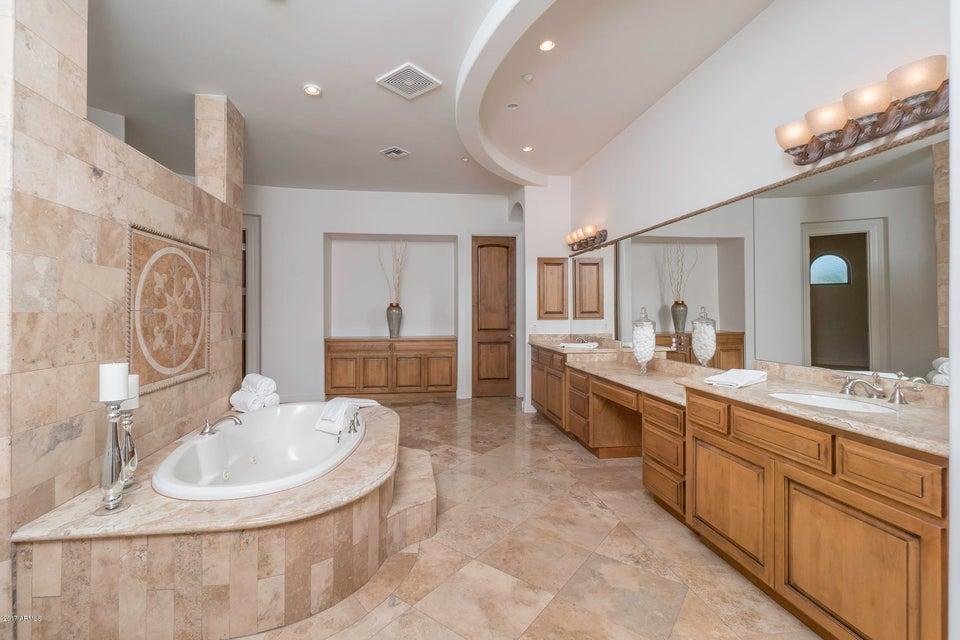 Additional photo for property listing at 7135 E Berneil Drive 7135 E Berneil Drive Paradise Valley, Arizona,85253 Estados Unidos