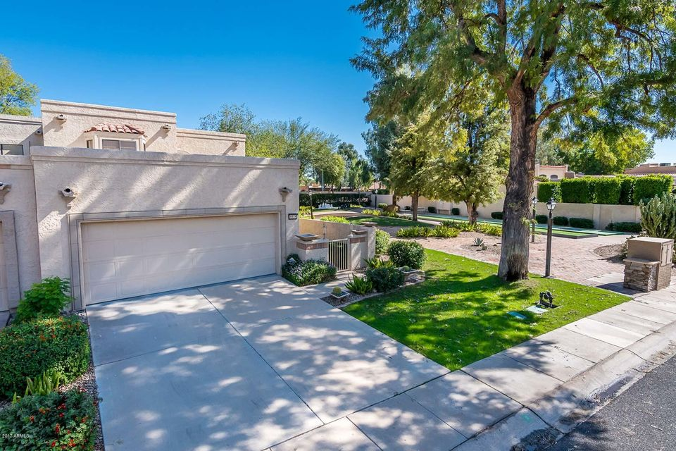 Photo of 8519 N 84TH Place, Scottsdale, AZ 85258