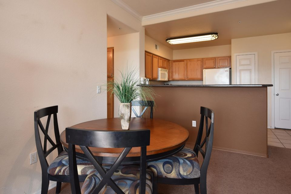 20100 N 78TH Place Unit 2087 Photo 12