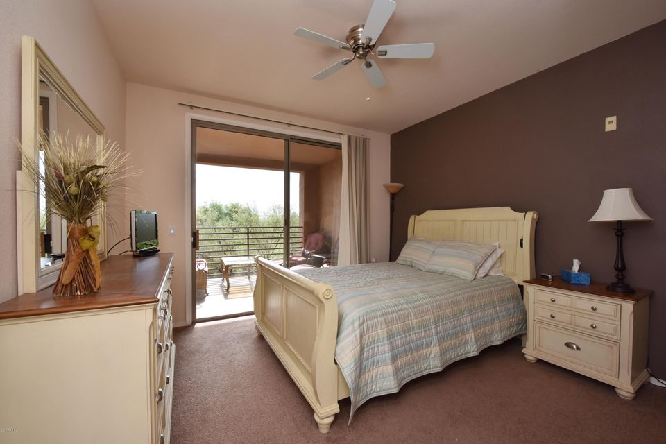 20100 N 78TH Place Unit 2087 Photo 18