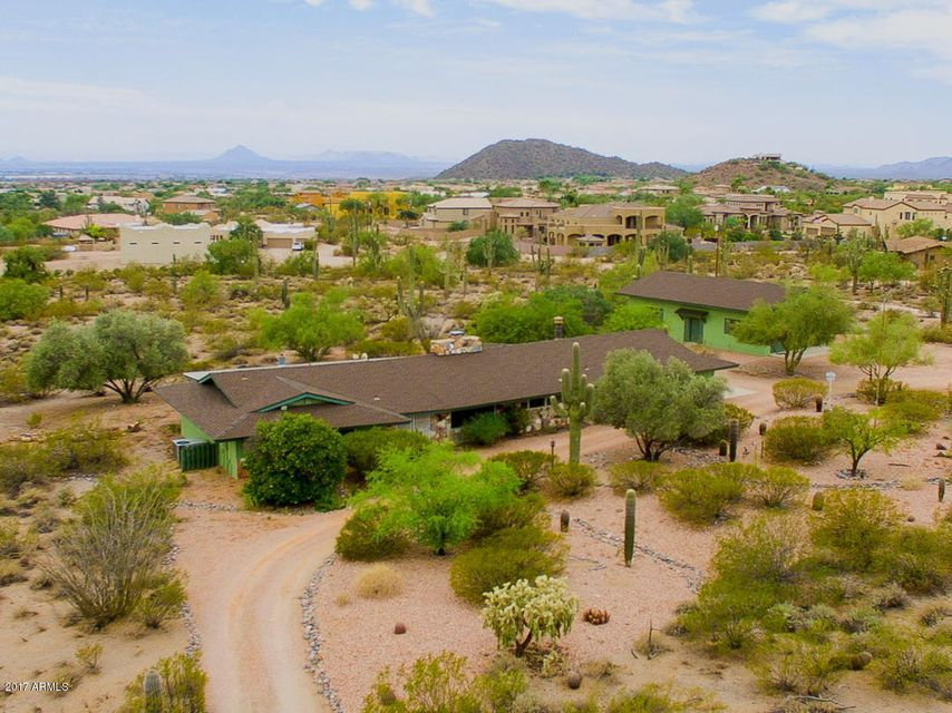 Photo of 3040 N HAWES Road, Mesa, AZ 85207