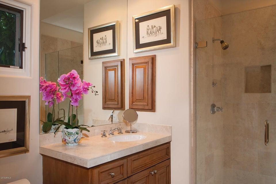 Additional photo for property listing at 6643 N Kasba Circle 6643 N Kasba Circle Paradise Valley, Arizona,85253 United States