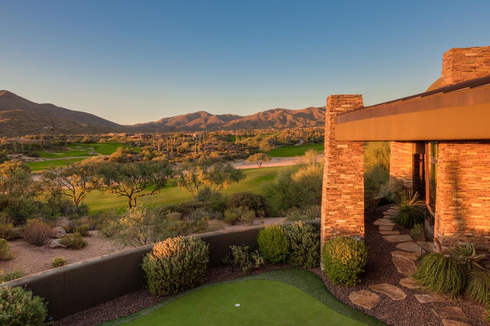 Photo of 9744 E Madera Drive, Scottsdale, AZ 85262