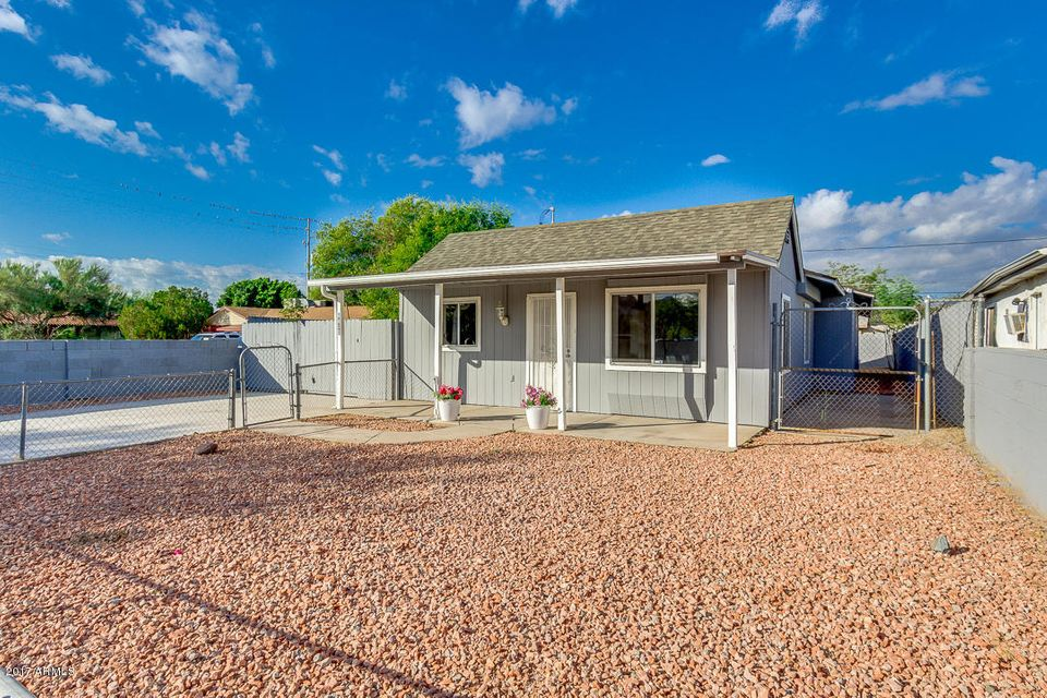 Photo of 8810 N 6TH Place, Phoenix, AZ 85020