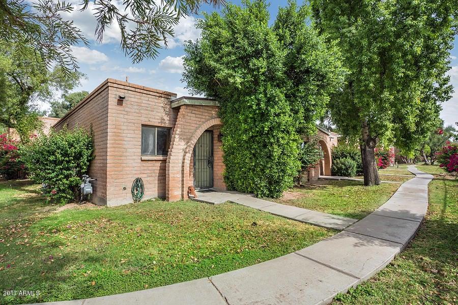 Photo of 4405 E HUBBELL Street #56, Phoenix, AZ 85008