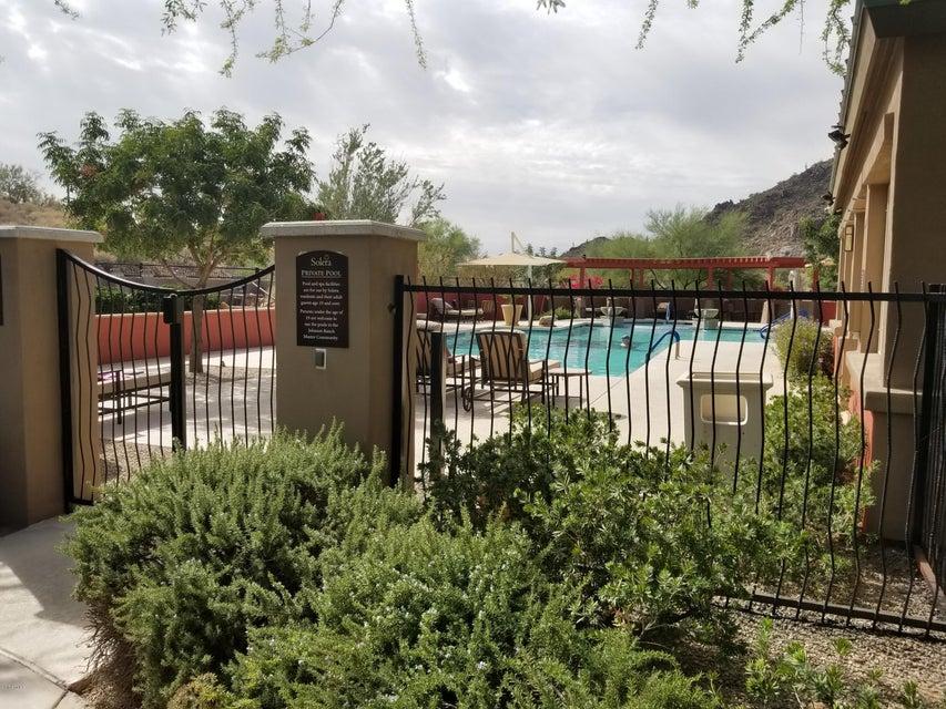 MLS 5686103 293 W Peak Place, San Tan Valley, AZ Johnson Ranch AZ Gated