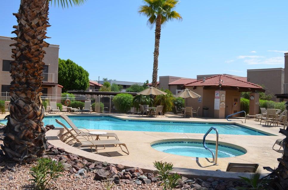 Photo of 5757 W EUGIE Avenue #2068, Glendale, AZ 85304
