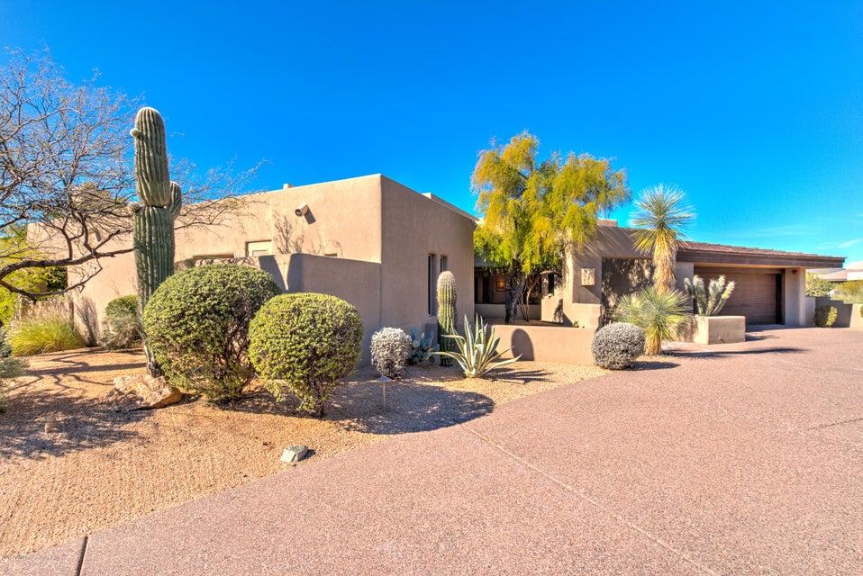 Photo of 10634 E TAMARISK Way, Scottsdale, AZ 85262