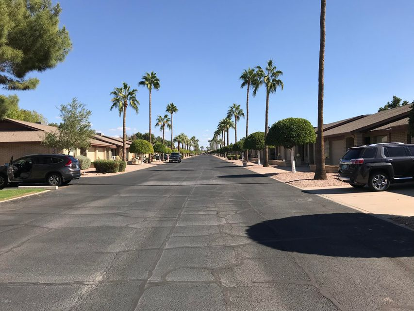MLS 5711911 2064 S FARNSWORTH Drive Unit 115, Mesa, AZ 85209 Mesa AZ Sunland Village