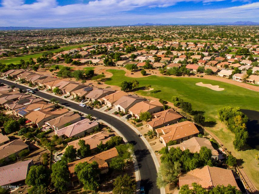 MLS 5684873 5099 S PEACH WILLOW Lane, Gilbert, AZ 85298 Gilbert AZ Golf