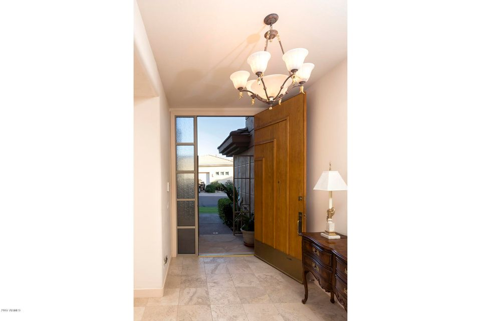 Additional photo for property listing at 6518 N 25th Way 6518 N 25th Way Phoenix, Arizona,85016 United States