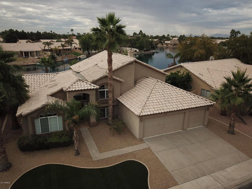 Photo of 1161 W REDONDO Drive, Gilbert, AZ 85233