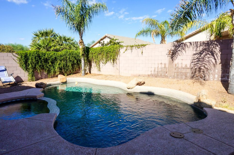 MLS 5685766 2852 E INDIAN WELLS Place, Chandler, AZ Cooper Commons