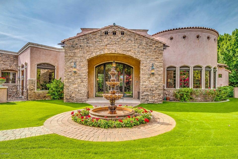Photo of 56 BILTMORE Estate, Phoenix, AZ 85016