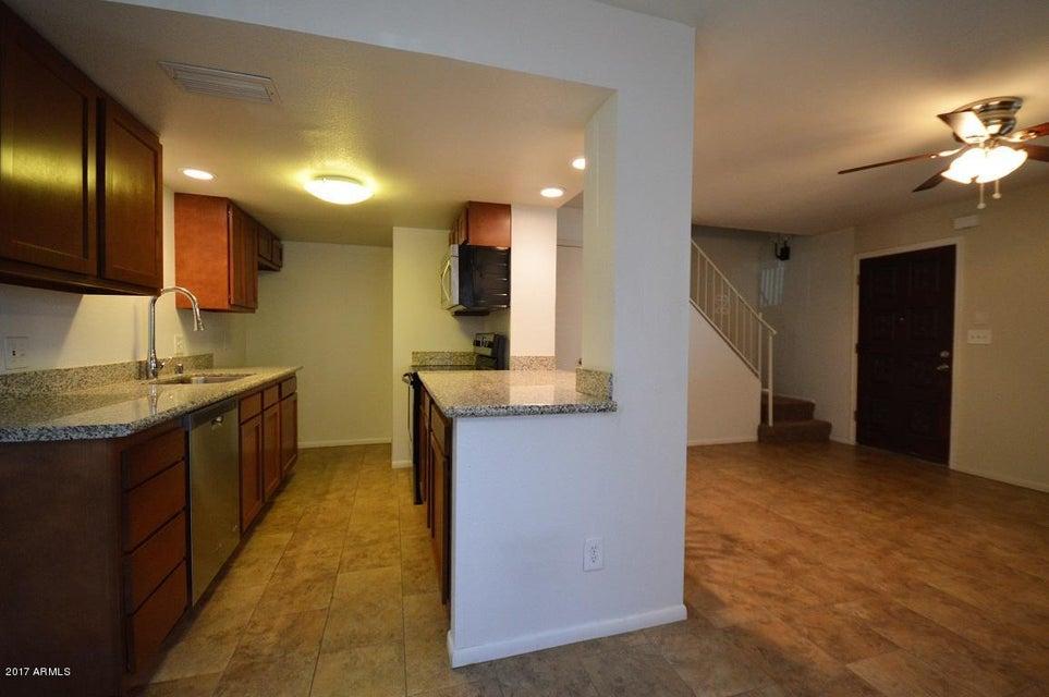 Photo of 1213 E LAWRENCE Lane, Phoenix, AZ 85020