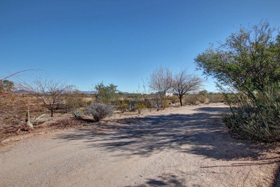 MLS 5685660 5811 N 425TH Avenue, Tonopah, AZ Tonopah AZ Equestrian
