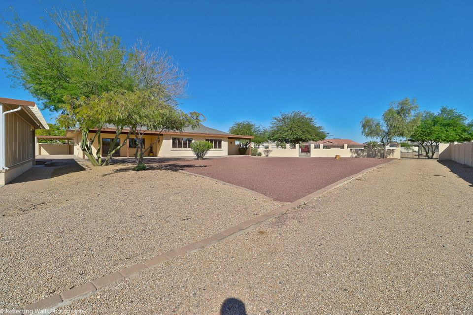 MLS 5665890 9426 N 112TH Avenue, Sun City, AZ 85351 Sun City AZ Tennis Court