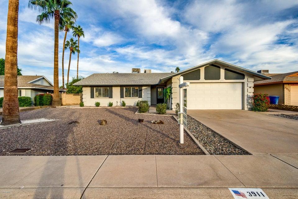 Photo of 3911 S WILLOW Drive, Tempe, AZ 85282