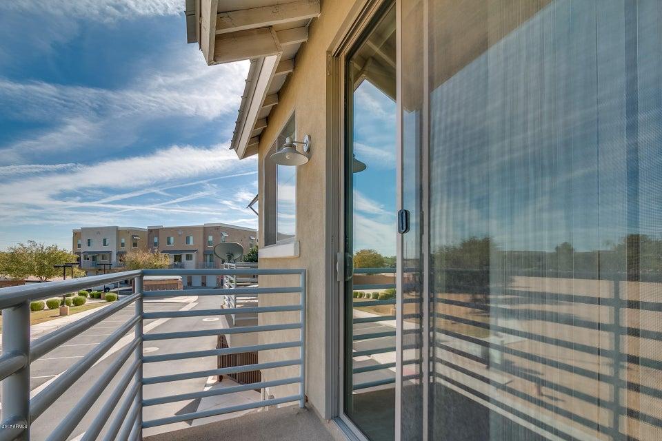 MLS 5688778 300 N GILA SPRINGS Boulevard Unit 237, Chandler, AZ Chandler AZ Gated