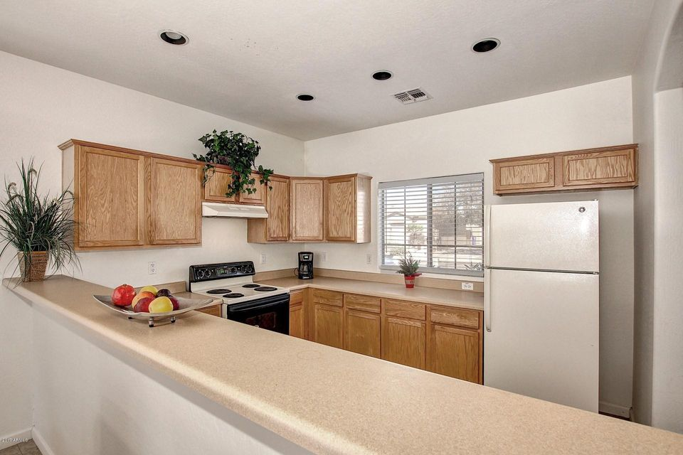 chandler heights middle eastern singles Avilla heights exclusive location off the corner of chandler heights road and highway 87 is  two and three bedroom single-level homes  2018 avilla homes.