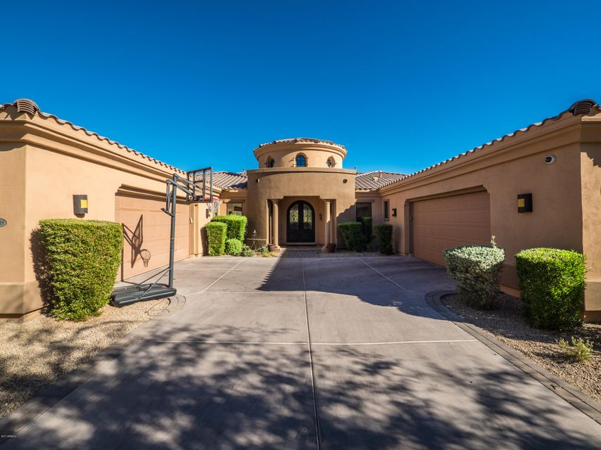 Photo of 18233 N 98TH Way, Scottsdale, AZ 85255