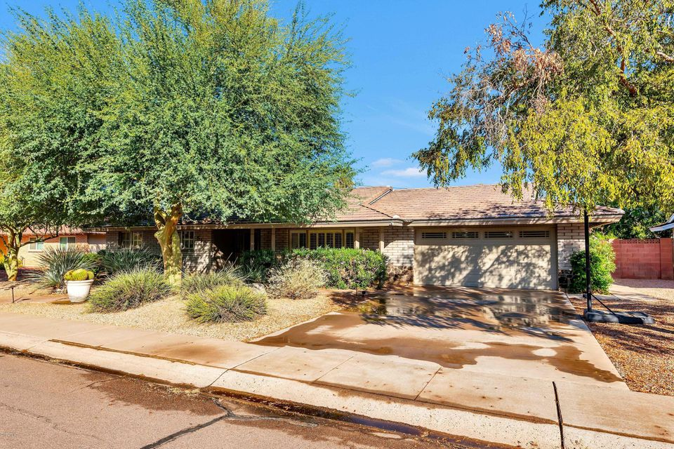 Photo of 510 E ERIE Drive, Tempe, AZ 85282
